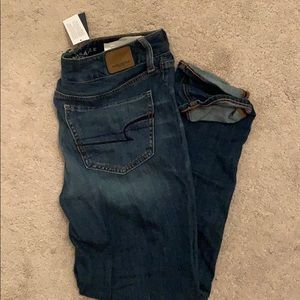 American Eagle NEW WITH TAGS  boyfriend jeans